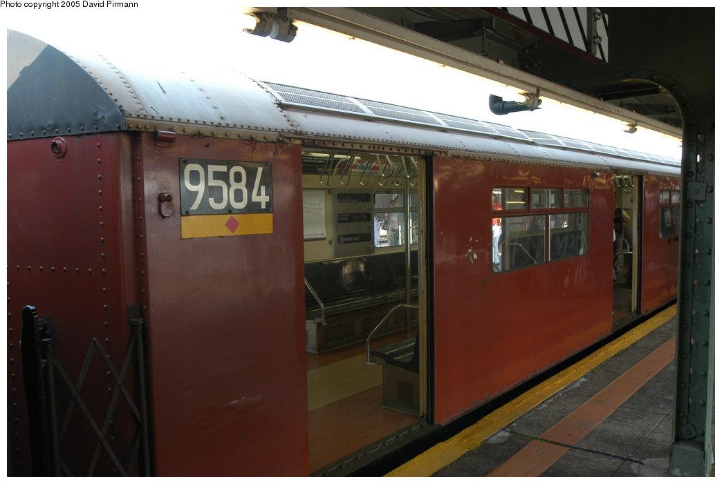(157k, 1044x701)<br><b>Country:</b> United States<br><b>City:</b> New York<br><b>System:</b> New York City Transit<br><b>Line:</b> IRT Flushing Line<br><b>Location:</b> Willets Point/Mets (fmr. Shea Stadium) <br><b>Route:</b> 7<br><b>Car:</b> R-36 World's Fair (St. Louis, 1963-64) 9584 <br><b>Photo by:</b> David Pirmann<br><b>Date:</b> 11/3/2003<br><b>Notes:</b> Last revenue redbird train<br><b>Viewed (this week/total):</b> 0 / 3259