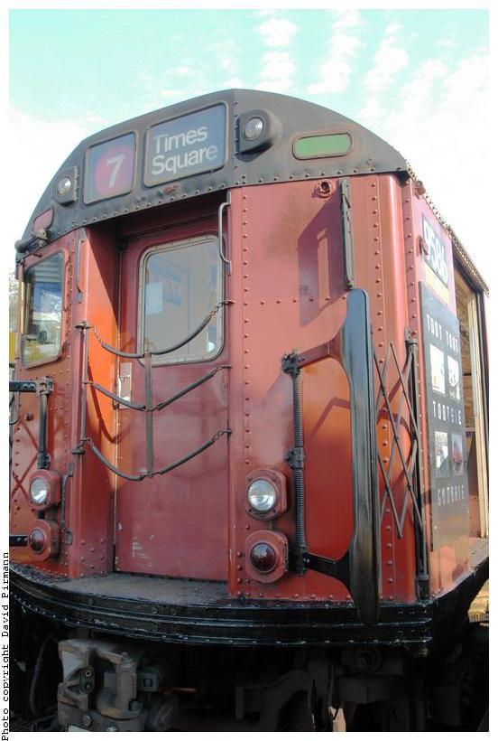 (65k, 552x820)<br><b>Country:</b> United States<br><b>City:</b> New York<br><b>System:</b> New York City Transit<br><b>Line:</b> IRT Flushing Line<br><b>Location:</b> Willets Point/Mets (fmr. Shea Stadium) <br><b>Route:</b> 7<br><b>Car:</b> R-36 World's Fair (St. Louis, 1963-64) 9586 <br><b>Photo by:</b> David Pirmann<br><b>Date:</b> 11/3/2003<br><b>Notes:</b> Last revenue redbird train<br><b>Viewed (this week/total):</b> 0 / 3624