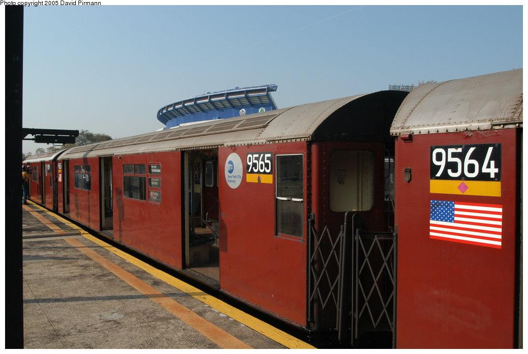 (172k, 1044x701)<br><b>Country:</b> United States<br><b>City:</b> New York<br><b>System:</b> New York City Transit<br><b>Line:</b> IRT Flushing Line<br><b>Location:</b> Willets Point/Mets (fmr. Shea Stadium) <br><b>Route:</b> 7<br><b>Car:</b> R-36 World's Fair (St. Louis, 1963-64) 9565 <br><b>Photo by:</b> David Pirmann<br><b>Date:</b> 11/3/2003<br><b>Notes:</b> Last revenue redbird train<br><b>Viewed (this week/total):</b> 0 / 3869