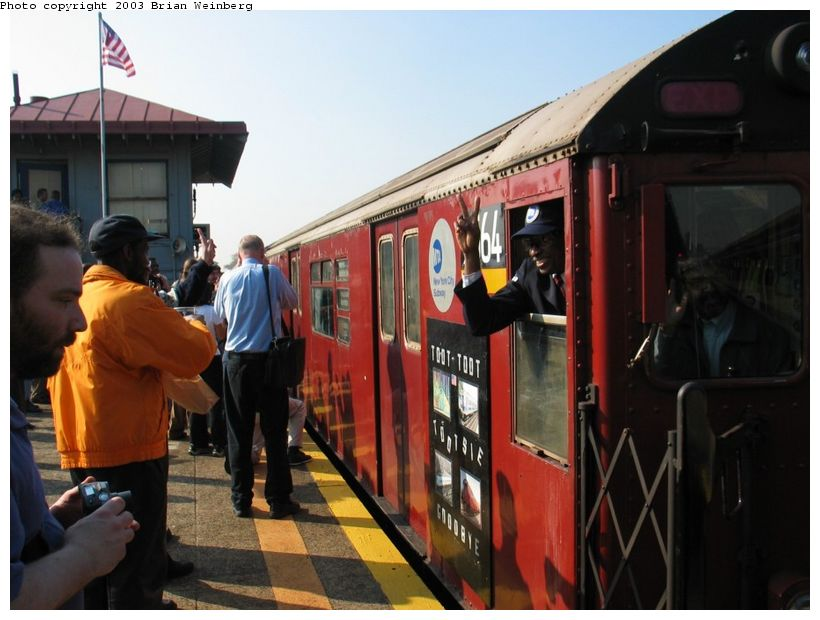 (84k, 820x620)<br><b>Country:</b> United States<br><b>City:</b> New York<br><b>System:</b> New York City Transit<br><b>Line:</b> IRT Flushing Line<br><b>Location:</b> Willets Point/Mets (fmr. Shea Stadium) <br><b>Car:</b> R-36 World's Fair (St. Louis, 1963-64) 9564 <br><b>Photo by:</b> Brian Weinberg<br><b>Date:</b> 11/3/2003<br><b>Notes:</b> Train used on last revenue Redbird service departs Willets Pt. after the ceremony.<br><b>Viewed (this week/total):</b> 0 / 4765