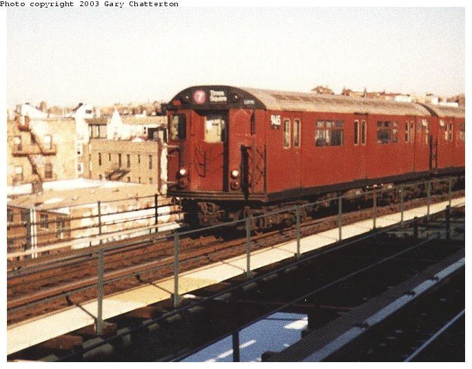 (73k, 685x536)<br><b>Country:</b> United States<br><b>City:</b> New York<br><b>System:</b> New York City Transit<br><b>Line:</b> IRT Flushing Line<br><b>Location:</b> 61st Street/Woodside <br><b>Route:</b> 7<br><b>Car:</b> R-36 World's Fair (St. Louis, 1963-64) 9465 <br><b>Photo by:</b> Gary Chatterton<br><b>Date:</b> 12/21/1999<br><b>Viewed (this week/total):</b> 1 / 3426