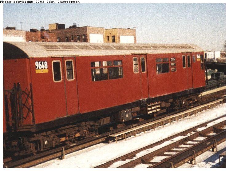 (87k, 745x556)<br><b>Country:</b> United States<br><b>City:</b> New York<br><b>System:</b> New York City Transit<br><b>Line:</b> IRT Flushing Line<br><b>Location:</b> 46th Street/Bliss Street <br><b>Route:</b> 7<br><b>Car:</b> R-36 World's Fair (St. Louis, 1963-64) 9648 <br><b>Photo by:</b> Gary Chatterton<br><b>Date:</b> 12/21/1999<br><b>Viewed (this week/total):</b> 0 / 2491
