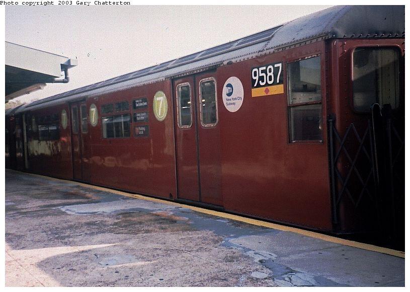 (85k, 815x581)<br><b>Country:</b> United States<br><b>City:</b> New York<br><b>System:</b> New York City Transit<br><b>Line:</b> IRT Flushing Line<br><b>Location:</b> Willets Point/Mets (fmr. Shea Stadium) <br><b>Car:</b> R-36 World's Fair (St. Louis, 1963-64) 9587 <br><b>Photo by:</b> Gary Chatterton<br><b>Date:</b> 11/3/2003<br><b>Notes:</b> Last revenue redbird train<br><b>Viewed (this week/total):</b> 2 / 2718
