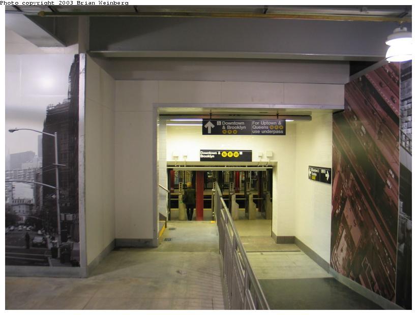 (62k, 820x620)<br><b>Country:</b> United States<br><b>City:</b> New York<br><b>System:</b> PATH<br><b>Location:</b> World Trade Center <br><b>Photo by:</b> Brian Weinberg<br><b>Date:</b> 11/23/2003<br><b>Notes:</b> View of entrance from upper mezzanine to N/R subway station<br><b>Viewed (this week/total):</b> 0 / 6923