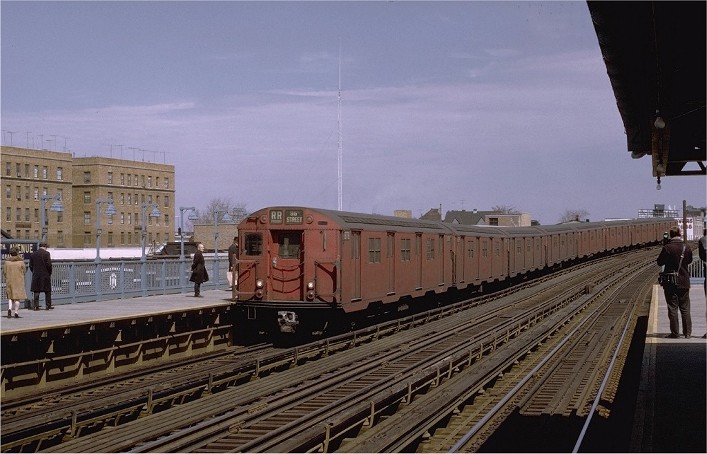 (185k, 1024x657)<br><b>Country:</b> United States<br><b>City:</b> New York<br><b>System:</b> New York City Transit<br><b>Line:</b> BMT Astoria Line<br><b>Location:</b> 30th/Grand Aves. <br><b>Route:</b> RR<br><b>Car:</b> R-27 (St. Louis, 1960)  8178 <br><b>Photo by:</b> Joe Testagrose<br><b>Date:</b> 3/28/1971<br><b>Viewed (this week/total):</b> 0 / 2661