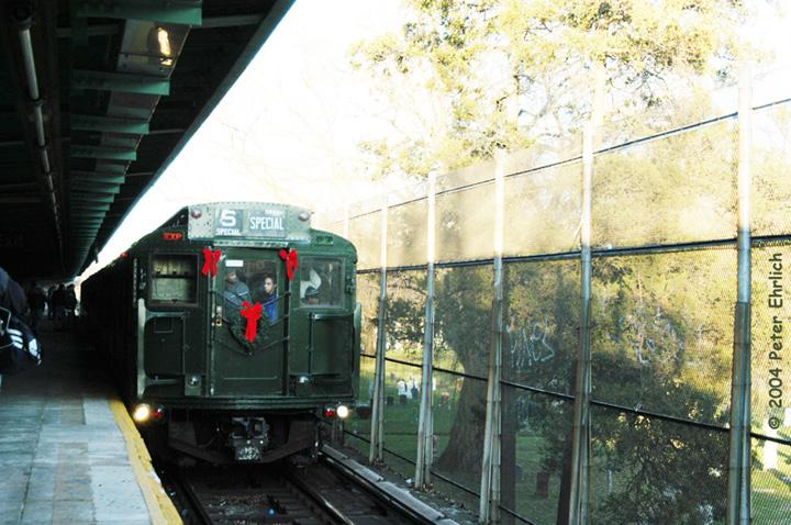 (186k, 720x478)<br><b>Country:</b> United States<br><b>City:</b> New York<br><b>System:</b> New York City Transit<br><b>Line:</b> BMT Canarsie Line<br><b>Location:</b> Wilson Avenue <br><b>Route:</b> Fan Trip<br><b>Car:</b> R-1 (American Car & Foundry, 1930-1931) 100 <br><b>Photo by:</b> Peter Ehrlich<br><b>Date:</b> 12/28/2003<br><b>Viewed (this week/total):</b> 2 / 5103