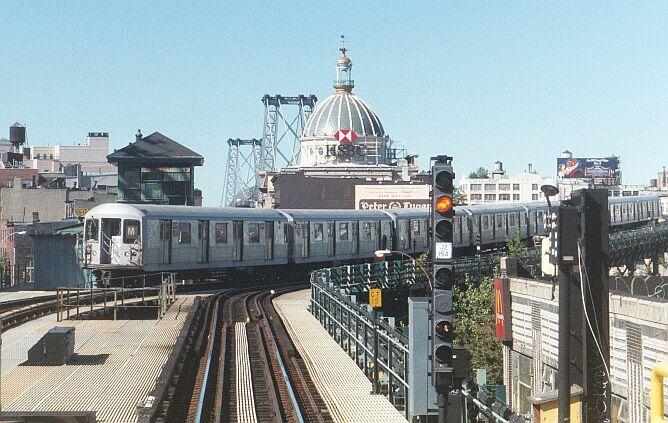 (99k, 668x423)<br><b>Country:</b> United States<br><b>City:</b> New York<br><b>System:</b> New York City Transit<br><b>Line:</b> BMT Nassau Street/Jamaica Line<br><b>Location:</b> Marcy Avenue <br><b>Photo by:</b> IRTSubwaypix<br><b>Date:</b> 3/2003<br><b>Viewed (this week/total):</b> 1 / 4339