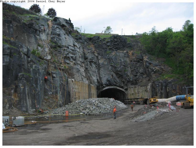 (89k, 820x620)<br><b>Country:</b> United States<br><b>City:</b> Weehawken, NJ<br><b>System:</b> Hudson Bergen Light Rail<br><b>Location:</b> Weehawken (Palisade) Tunnel (East Portal) <br><b>Photo by:</b> Daniel C. Boyar<br><b>Date:</b> 5/16/2003<br><b>Notes:</b> Palisade tunnel rehabilitation<br><b>Viewed (this week/total):</b> 1 / 3236