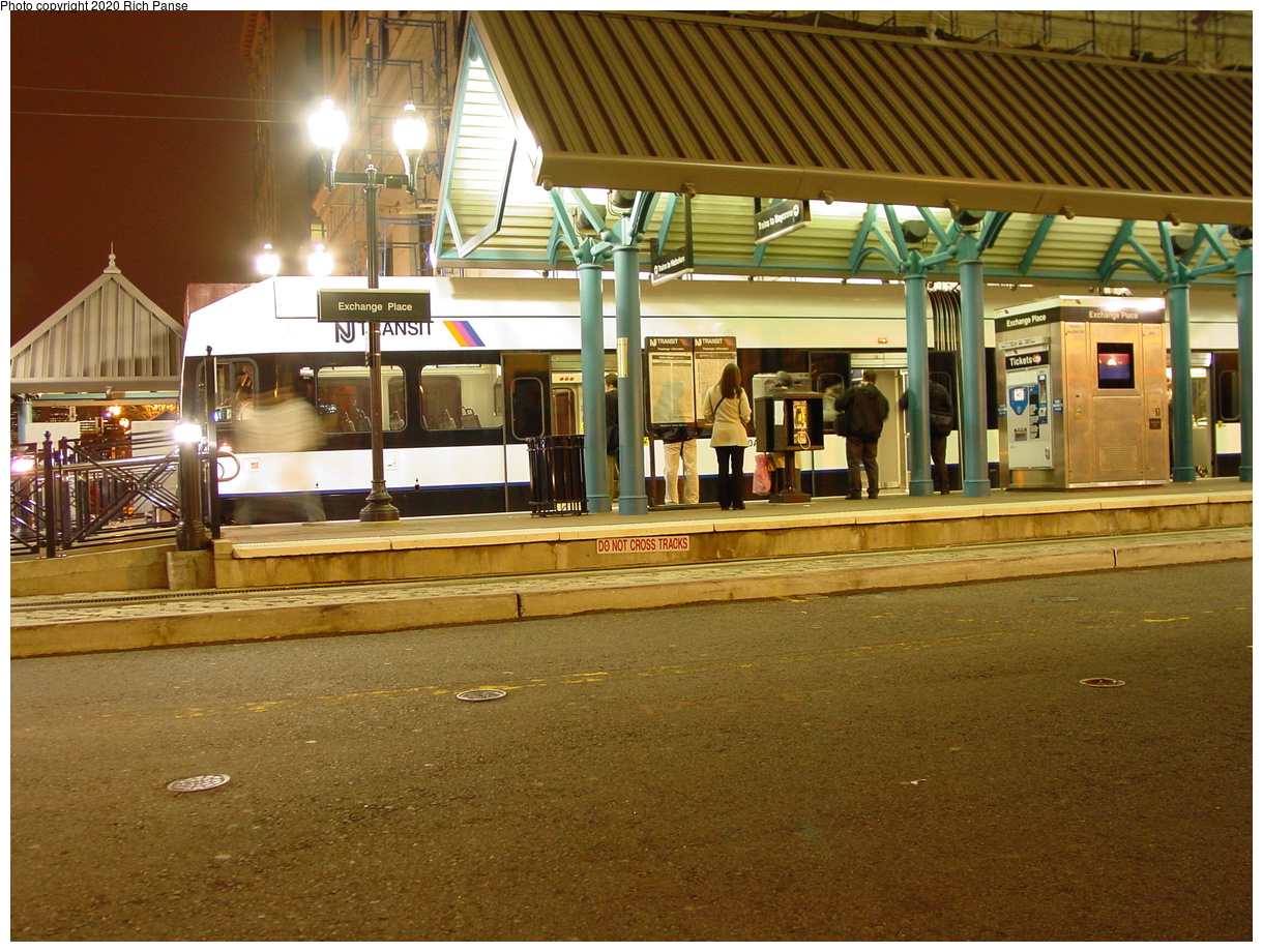 (97k, 820x620)<br><b>Country:</b> United States<br><b>City:</b> Jersey City, NJ<br><b>System:</b> Hudson Bergen Light Rail<br><b>Location:</b> Exchange Place <br><b>Photo by:</b> Richard Panse<br><b>Date:</b> 10/28/2003<br><b>Viewed (this week/total):</b> 2 / 2956