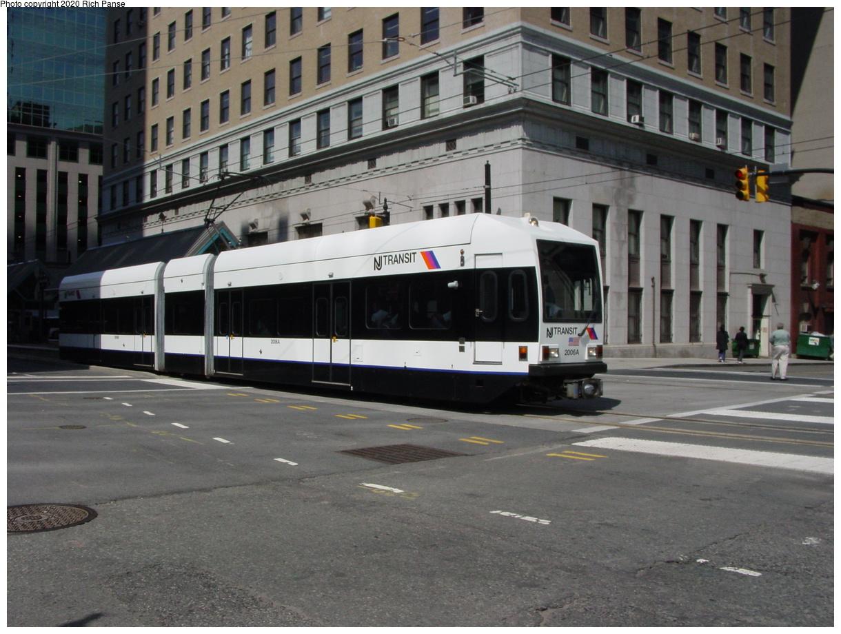 (82k, 820x620)<br><b>Country:</b> United States<br><b>City:</b> Jersey City, NJ<br><b>System:</b> Hudson Bergen Light Rail<br><b>Location:</b> Exchange Place <br><b>Car:</b> NJT-HBLR LRV (Kinki-Sharyo, 1998-99)  2006 <br><b>Photo by:</b> Richard Panse<br><b>Date:</b> 6/16/2003<br><b>Viewed (this week/total):</b> 0 / 2512