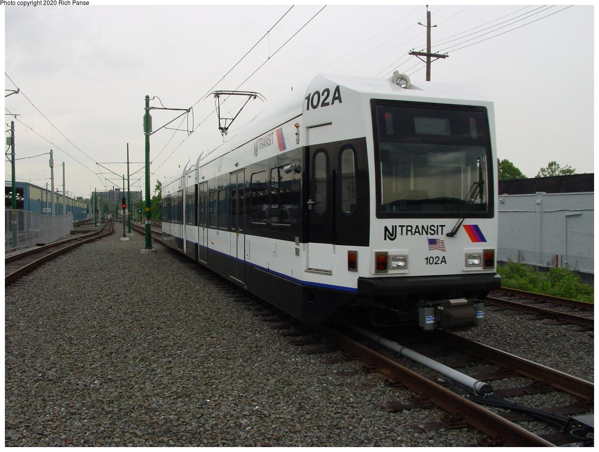 (80k, 820x620)<br><b>Country:</b> United States<br><b>City:</b> Bloomfield, NJ<br><b>System:</b> Newark City Subway<br><b>Line:</b> 7-City Subway<br><b>Location:</b> Grove Street <br><b>Car:</b> NJT Kinki-Sharyo LRV (Newark) 102 <br><b>Photo by:</b> Richard Panse<br><b>Date:</b> 5/27/2003<br><b>Viewed (this week/total):</b> 0 / 2670