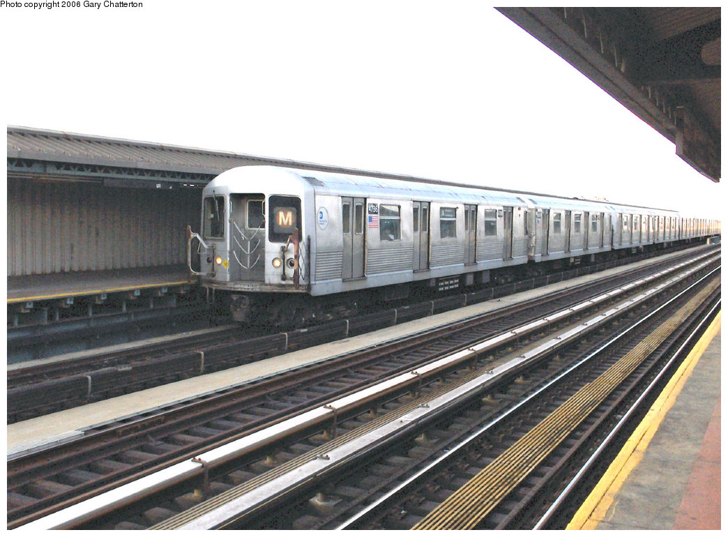 (225k, 1044x770)<br><b>Country:</b> United States<br><b>City:</b> New York<br><b>System:</b> New York City Transit<br><b>Line:</b> BMT West End Line<br><b>Location:</b> 71st Street <br><b>Route:</b> M<br><b>Car:</b> R-42 (St. Louis, 1969-1970)  4786 <br><b>Photo by:</b> Gary Chatterton<br><b>Date:</b> 2/6/2006<br><b>Viewed (this week/total):</b> 2 / 2733