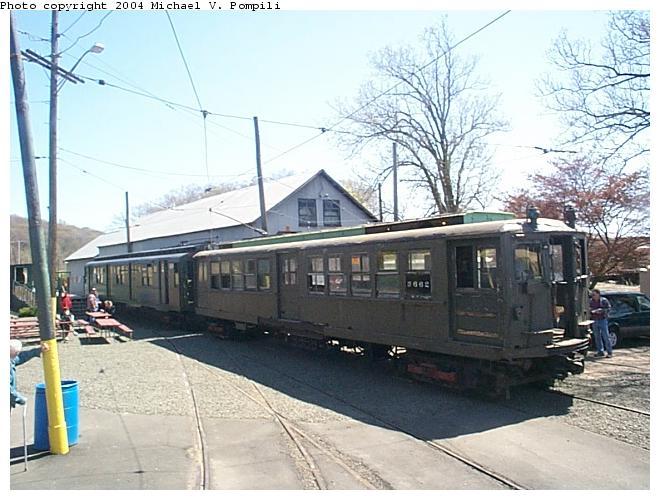(85k, 660x500)<br><b>Country:</b> United States<br><b>City:</b> East Haven/Branford, Ct.<br><b>System:</b> Shore Line Trolley Museum <br><b>Car:</b> Hi-V 3662 <br><b>Photo by:</b> Michael Pompili<br><b>Date:</b> 4/28/2001<br><b>Viewed (this week/total):</b> 1 / 8417