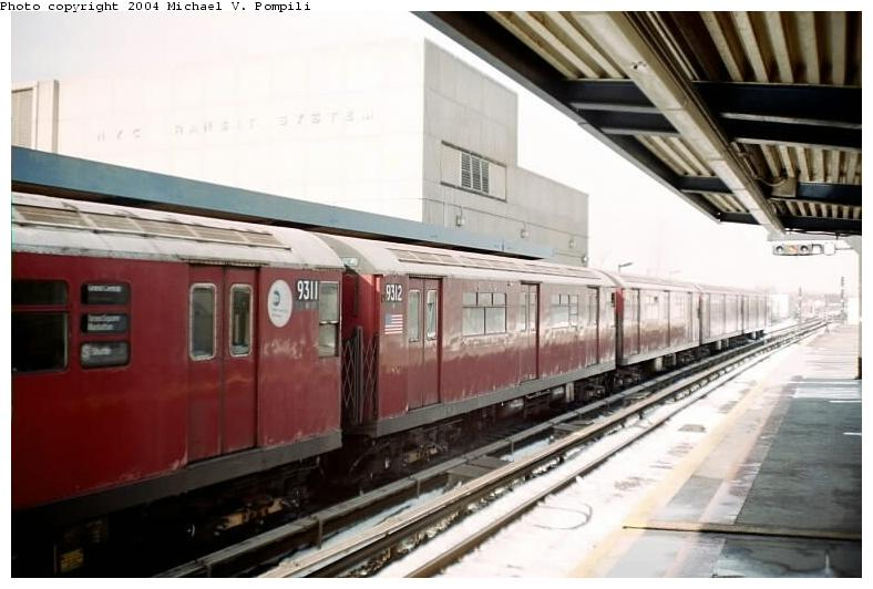 (61k, 788x532)<br><b>Country:</b> United States<br><b>City:</b> New York<br><b>System:</b> New York City Transit<br><b>Line:</b> IND Rockaway<br><b>Location:</b> Broad Channel <br><b>Route:</b> Fan Trip<br><b>Car:</b> R-33 World's Fair (St. Louis, 1963-64) 9312 <br><b>Photo by:</b> Michael Pompili<br><b>Date:</b> 12/8/2002<br><b>Viewed (this week/total):</b> 0 / 3022