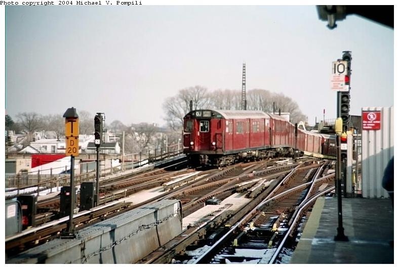 (71k, 788x532)<br><b>Country:</b> United States<br><b>City:</b> New York<br><b>System:</b> New York City Transit<br><b>Line:</b> IND Fulton Street Line<br><b>Location:</b> Rockaway Boulevard <br><b>Route:</b> Fan Trip<br><b>Car:</b> R-33 World's Fair (St. Louis, 1963-64) 9331 <br><b>Photo by:</b> Michael Pompili<br><b>Date:</b> 12/8/2002<br><b>Viewed (this week/total):</b> 0 / 4039