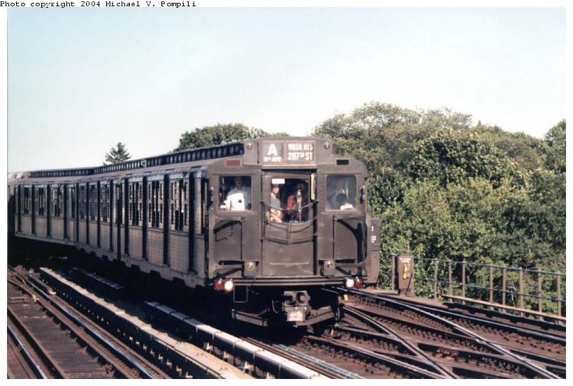 (90k, 820x553)<br><b>Country:</b> United States<br><b>City:</b> New York<br><b>System:</b> New York City Transit<br><b>Line:</b> IND Fulton Street Line<br><b>Location:</b> 80th Street/Hudson Street <br><b>Route:</b> Fan Trip<br><b>Car:</b> R-4 (American Car & Foundry, 1932-1933) 484 <br><b>Photo by:</b> Michael Pompili<br><b>Date:</b> 8/24/2003<br><b>Viewed (this week/total):</b> 0 / 3326