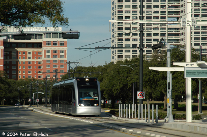 (186k, 720x478)<br><b>Country:</b> United States<br><b>City:</b> Houston, TX<br><b>System:</b> Houston METRORail<br><b>Location:</b> Hermann Park/Rice University <br><b>Car:</b> Siemens Avanto 108 <br><b>Photo by:</b> Peter Ehrlich<br><b>Date:</b> 2/5/2004<br><b>Viewed (this week/total):</b> 3 / 3224