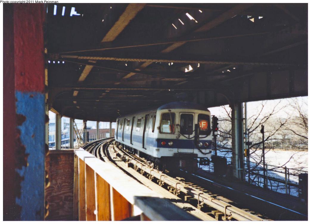 (322k, 1044x751)<br><b>Country:</b> United States<br><b>City:</b> New York<br><b>System:</b> New York City Transit<br><b>Line:</b> BMT Culver Line<br><b>Location:</b> West 8th Street <br><b>Route:</b> F<br><b>Car:</b> R-46 (Pullman-Standard, 1974-75)  <br><b>Photo by:</b> Mark S. Feinman<br><b>Date:</b> 11/22/1989<br><b>Viewed (this week/total):</b> 0 / 1486