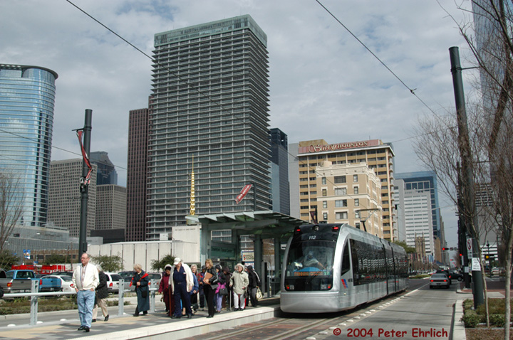 (174k, 720x478)<br><b>Country:</b> United States<br><b>City:</b> Houston, TX<br><b>System:</b> Houston METRORail<br><b>Location:</b> Downtown Transit Center <br><b>Car:</b> Siemens Avanto 112 <br><b>Photo by:</b> Peter Ehrlich<br><b>Date:</b> 2/6/2004<br><b>Viewed (this week/total):</b> 1 / 3760