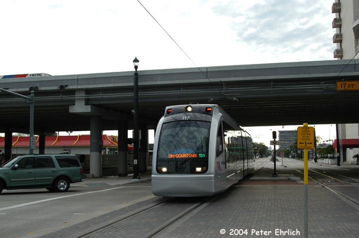 (105k, 720x478)<br><b>Country:</b> United States<br><b>City:</b> Houston, TX<br><b>System:</b> Houston METRORail<br><b>Location:</b> Approaching Downtown Transit Center <br><b>Car:</b> Siemens Avanto 117 <br><b>Photo by:</b> Peter Ehrlich<br><b>Date:</b> 2/5/2004<br><b>Viewed (this week/total):</b> 0 / 4043