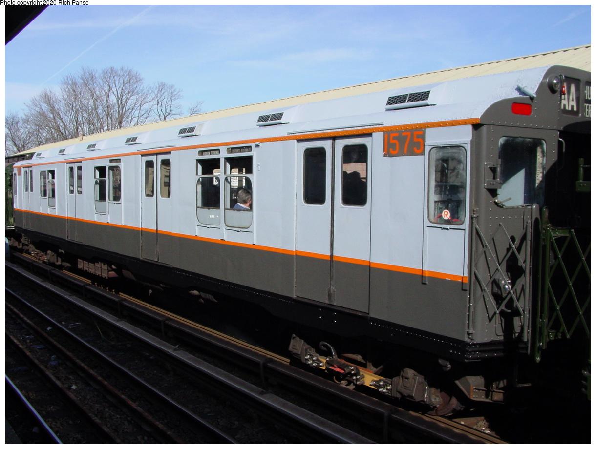 (58k, 768x576)<br><b>Country:</b> United States<br><b>City:</b> New York<br><b>System:</b> New York City Transit<br><b>Line:</b> BMT Brighton Line<br><b>Location:</b> Sheepshead Bay <br><b>Route:</b> Fan Trip<br><b>Car:</b> R-7A (Pullman, 1938)  1575 <br><b>Photo by:</b> Richard Panse<br><b>Date:</b> 2/28/2004<br><b>Viewed (this week/total):</b> 1 / 2809