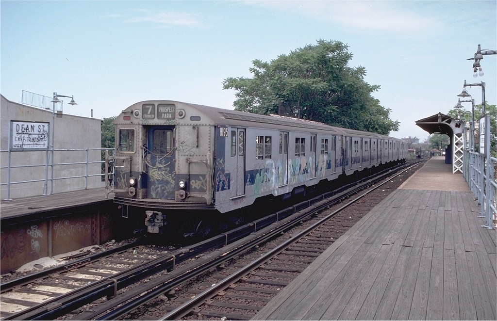 (204k, 1024x662)<br><b>Country:</b> United States<br><b>City:</b> New York<br><b>System:</b> New York City Transit<br><b>Line:</b> BMT Franklin<br><b>Location:</b> Dean Street <br><b>Route:</b> Franklin Shuttle<br><b>Car:</b> R-27 (St. Louis, 1960)  8195 <br><b>Photo by:</b> Doug Grotjahn<br><b>Collection of:</b> Joe Testagrose<br><b>Date:</b> 7/12/1981<br><b>Viewed (this week/total):</b> 2 / 5452
