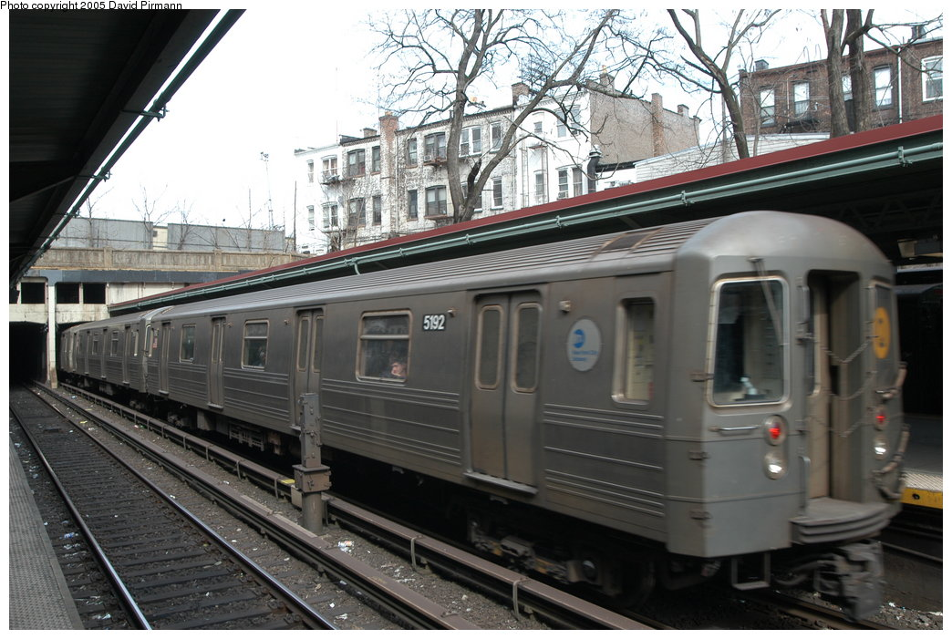 (217k, 1044x701)<br><b>Country:</b> United States<br><b>City:</b> New York<br><b>System:</b> New York City Transit<br><b>Line:</b> BMT Brighton Line<br><b>Location:</b> Prospect Park <br><b>Route:</b> Q<br><b>Car:</b> R-68A (Kawasaki, 1988-1989)  5192 <br><b>Photo by:</b> David Pirmann<br><b>Date:</b> 2/29/2004<br><b>Viewed (this week/total):</b> 2 / 3764