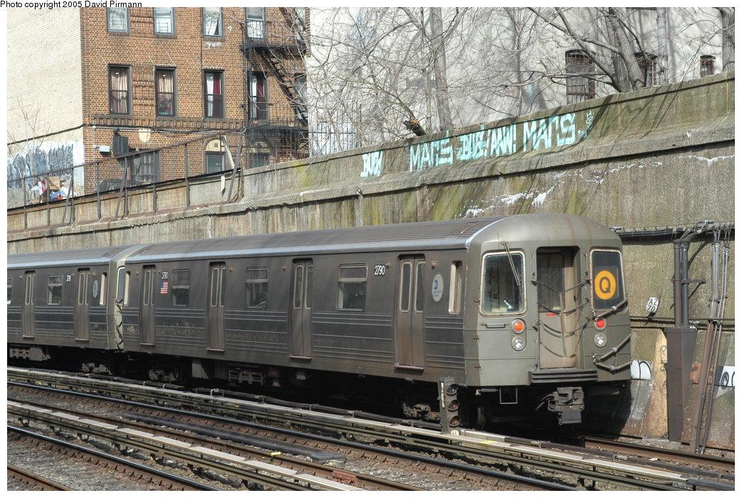 (267k, 1044x701)<br><b>Country:</b> United States<br><b>City:</b> New York<br><b>System:</b> New York City Transit<br><b>Line:</b> BMT Brighton Line<br><b>Location:</b> Parkside Avenue <br><b>Route:</b> Q<br><b>Car:</b> R-68 (Westinghouse-Amrail, 1986-1988)  2790 <br><b>Photo by:</b> David Pirmann<br><b>Date:</b> 2/29/2004<br><b>Viewed (this week/total):</b> 0 / 3469