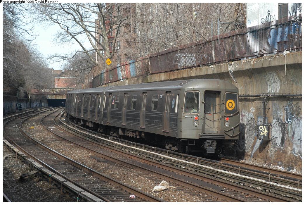 (270k, 1044x701)<br><b>Country:</b> United States<br><b>City:</b> New York<br><b>System:</b> New York City Transit<br><b>Line:</b> BMT Brighton Line<br><b>Location:</b> Beverley Road <br><b>Route:</b> Q<br><b>Car:</b> R-68 (Westinghouse-Amrail, 1986-1988)  2798 <br><b>Photo by:</b> David Pirmann<br><b>Date:</b> 2/29/2004<br><b>Viewed (this week/total):</b> 2 / 4425