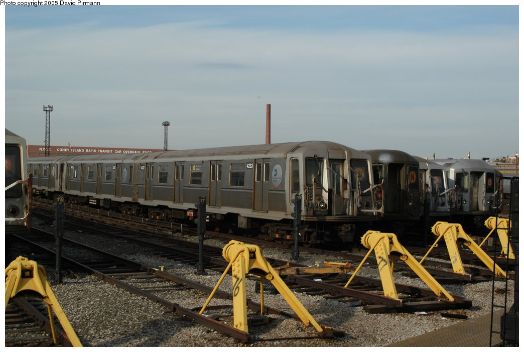 (189k, 1044x701)<br><b>Country:</b> United States<br><b>City:</b> New York<br><b>System:</b> New York City Transit<br><b>Location:</b> Coney Island Yard<br><b>Car:</b> R-40 (St. Louis, 1968)  4233 <br><b>Photo by:</b> David Pirmann<br><b>Date:</b> 2/29/2004<br><b>Viewed (this week/total):</b> 0 / 3761