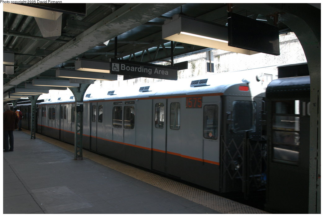 (157k, 1044x701)<br><b>Country:</b> United States<br><b>City:</b> New York<br><b>System:</b> New York City Transit<br><b>Line:</b> BMT Franklin<br><b>Location:</b> Prospect Park <br><b>Route:</b> Franklin Shuttle<br><b>Car:</b> R-7A (Pullman, 1938)  1575 <br><b>Photo by:</b> David Pirmann<br><b>Date:</b> 2/29/2004<br><b>Notes:</b> Train departing <u>in service</u> on the Franklin Shuttle (made three round trips in service)<br><b>Viewed (this week/total):</b> 2 / 3775