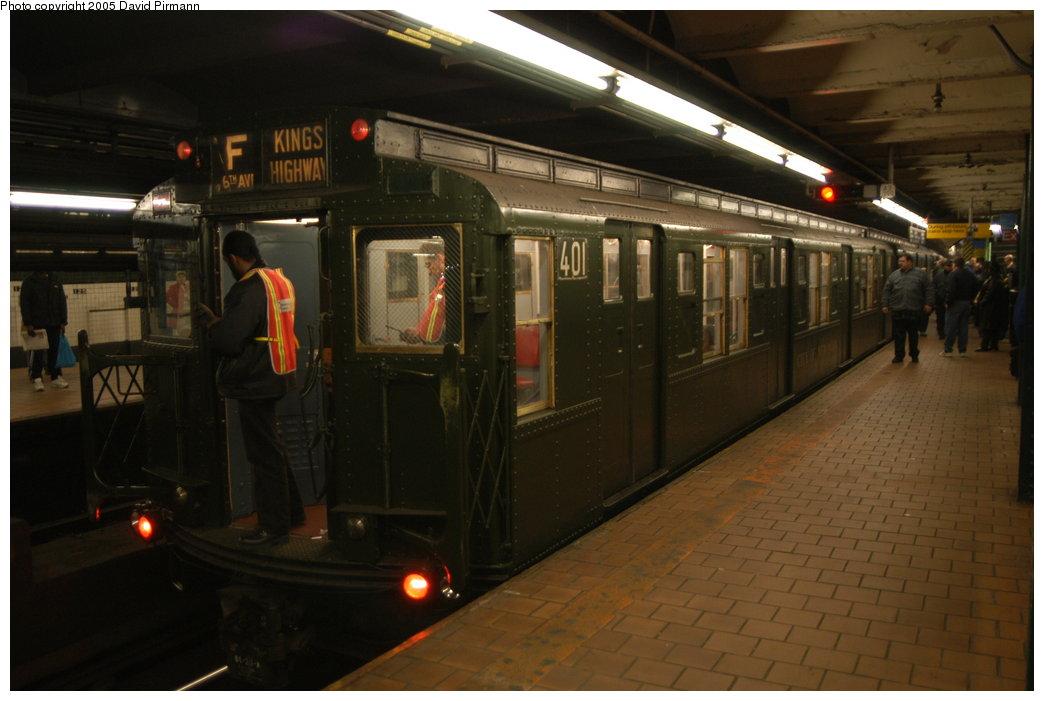 (166k, 1044x701)<br><b>Country:</b> United States<br><b>City:</b> New York<br><b>System:</b> New York City Transit<br><b>Line:</b> IND 8th Avenue Line<br><b>Location:</b> 125th Street <br><b>Route:</b> Fan Trip<br><b>Car:</b> R-4 (American Car & Foundry, 1932-1933) 401 <br><b>Photo by:</b> David Pirmann<br><b>Date:</b> 2/29/2004<br><b>Viewed (this week/total):</b> 0 / 8326