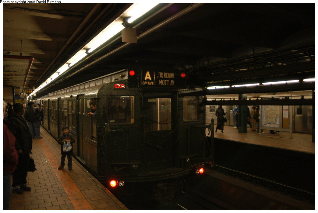 (153k, 1044x701)<br><b>Country:</b> United States<br><b>City:</b> New York<br><b>System:</b> New York City Transit<br><b>Line:</b> IND 8th Avenue Line<br><b>Location:</b> 125th Street <br><b>Route:</b> Fan Trip<br><b>Car:</b> R-1 (American Car & Foundry, 1930-1931) 100 <br><b>Photo by:</b> David Pirmann<br><b>Date:</b> 2/29/2004<br><b>Viewed (this week/total):</b> 0 / 5100