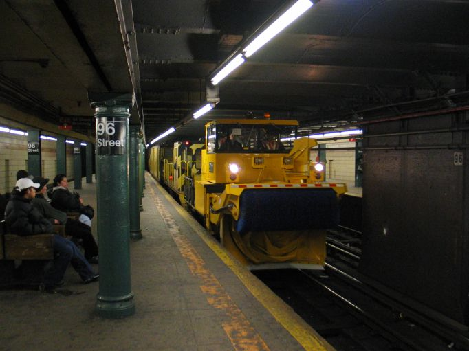 (55k, 682x511)<br><b>Country:</b> United States<br><b>City:</b> New York<br><b>System:</b> New York City Transit<br><b>Line:</b> IRT West Side Line<br><b>Location:</b> 96th Street <br><b>Car:</b> R-146 Snow Removal Car  <br><b>Photo by:</b> Brian Weinberg<br><b>Date:</b> 3/9/2004<br><b>Viewed (this week/total):</b> 1 / 7125