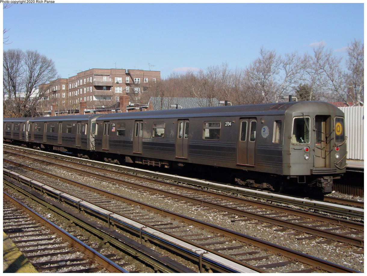(104k, 820x620)<br><b>Country:</b> United States<br><b>City:</b> New York<br><b>System:</b> New York City Transit<br><b>Line:</b> BMT Brighton Line<br><b>Location:</b> Avenue J <br><b>Route:</b> Q<br><b>Car:</b> R-68 (Westinghouse-Amrail, 1986-1988)  2794 <br><b>Photo by:</b> Richard Panse<br><b>Date:</b> 2/4/2004<br><b>Viewed (this week/total):</b> 2 / 3458