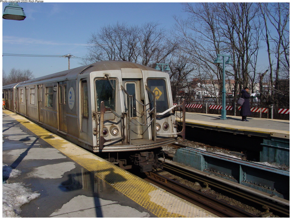 (104k, 820x620)<br><b>Country:</b> United States<br><b>City:</b> New York<br><b>System:</b> New York City Transit<br><b>Line:</b> BMT Brighton Line<br><b>Location:</b> Sheepshead Bay <br><b>Route:</b> Q<br><b>Car:</b> R-40 (St. Louis, 1968)  4331 <br><b>Photo by:</b> Richard Panse<br><b>Date:</b> 2/4/2004<br><b>Viewed (this week/total):</b> 4 / 4685