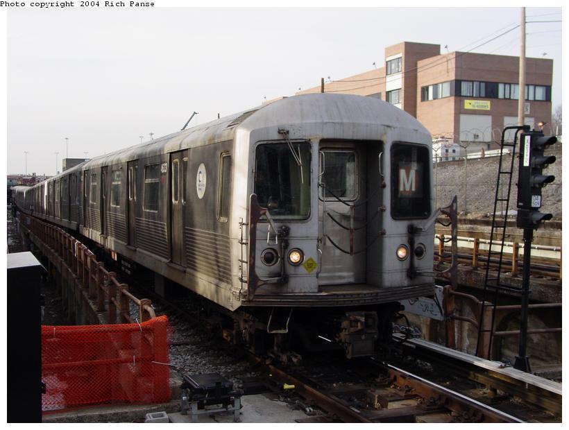 (76k, 820x620)<br><b>Country:</b> United States<br><b>City:</b> New York<br><b>System:</b> New York City Transit<br><b>Line:</b> BMT West End Line<br><b>Location:</b> 9th Avenue <br><b>Route:</b> M<br><b>Car:</b> R-42 (St. Louis, 1969-1970)  4633 <br><b>Photo by:</b> Richard Panse<br><b>Date:</b> 2/9/2004<br><b>Viewed (this week/total):</b> 0 / 3628