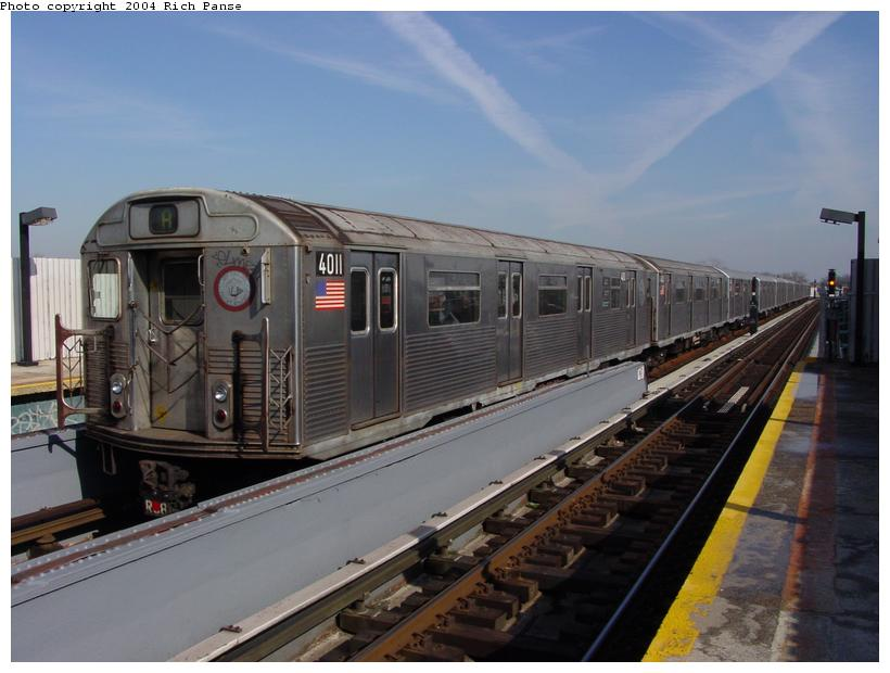 (69k, 820x620)<br><b>Country:</b> United States<br><b>City:</b> New York<br><b>System:</b> New York City Transit<br><b>Line:</b> IND Fulton Street Line<br><b>Location:</b> 111th Street/Greenwood Avenue <br><b>Route:</b> A<br><b>Car:</b> R-38 (St. Louis, 1966-1967)  4011 <br><b>Photo by:</b> Richard Panse<br><b>Date:</b> 2/10/2004<br><b>Viewed (this week/total):</b> 0 / 11764