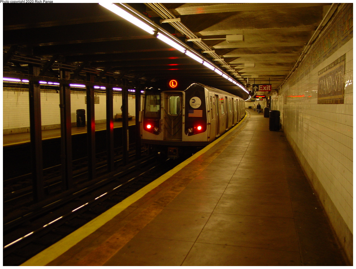 (75k, 820x620)<br><b>Country:</b> United States<br><b>City:</b> New York<br><b>System:</b> New York City Transit<br><b>Line:</b> BMT Canarsie Line<br><b>Location:</b> Grand Street <br><b>Route:</b> L<br><b>Car:</b> R-143 (Kawasaki, 2001-2002)  <br><b>Photo by:</b> Richard Panse<br><b>Date:</b> 11/3/2003<br><b>Viewed (this week/total):</b> 2 / 7583