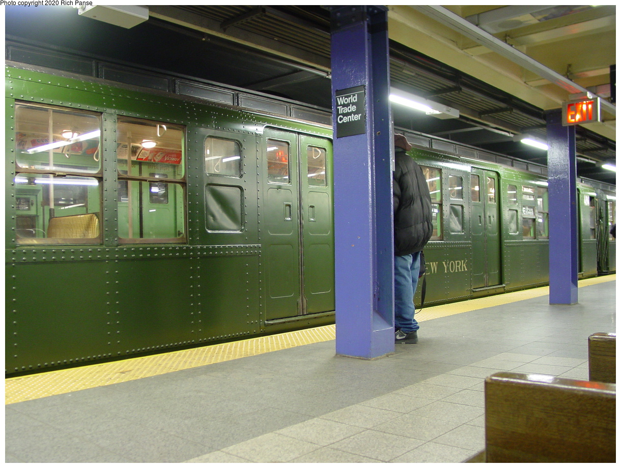 (80k, 820x620)<br><b>Country:</b> United States<br><b>City:</b> New York<br><b>System:</b> New York City Transit<br><b>Line:</b> IND 8th Avenue Line<br><b>Location:</b> Chambers Street/World Trade Center <br><b>Route:</b> Fan Trip<br><b>Car:</b> R-4 (American Car & Foundry, 1932-1933) 484 <br><b>Photo by:</b> Richard Panse<br><b>Date:</b> 2/28/2004<br><b>Viewed (this week/total):</b> 1 / 3813