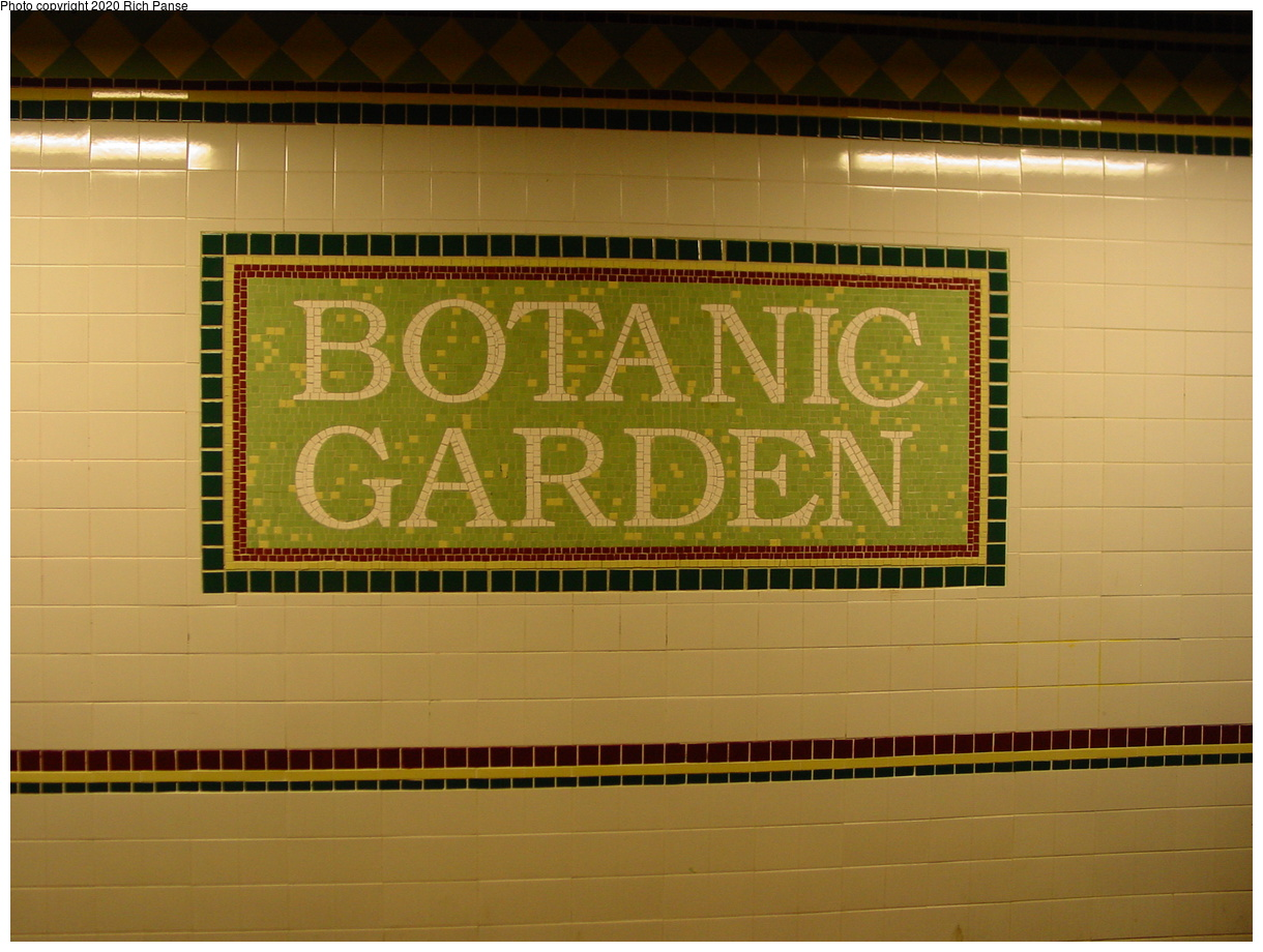 (67k, 820x620)<br><b>Country:</b> United States<br><b>City:</b> New York<br><b>System:</b> New York City Transit<br><b>Line:</b> BMT Franklin<br><b>Location:</b> Botanic Garden <br><b>Photo by:</b> Richard Panse<br><b>Date:</b> 2/29/2004<br><b>Viewed (this week/total):</b> 3 / 4317