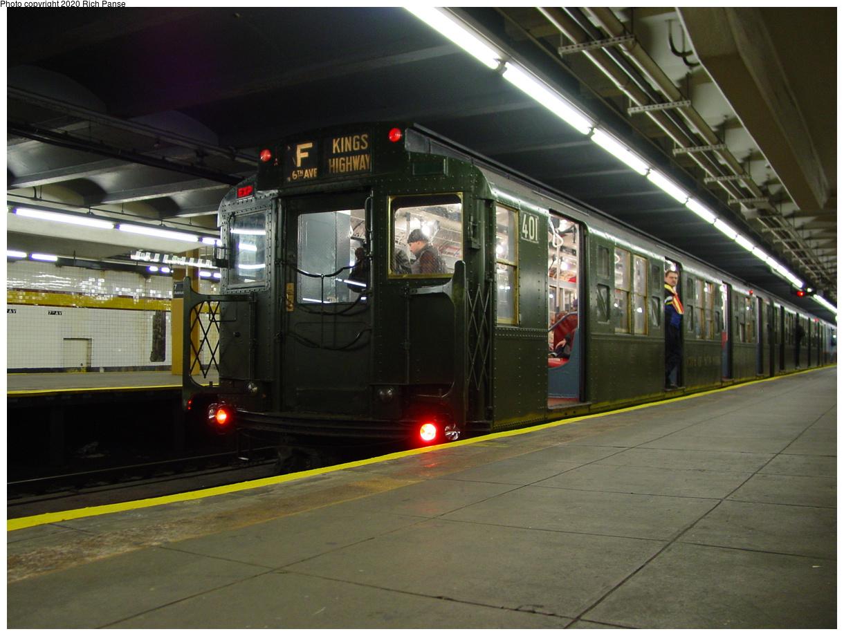 (81k, 820x620)<br><b>Country:</b> United States<br><b>City:</b> New York<br><b>System:</b> New York City Transit<br><b>Line:</b> IND Crosstown Line<br><b>Location:</b> 7th Avenue/Park Slope <br><b>Route:</b> Fan Trip<br><b>Car:</b> R-4 (American Car & Foundry, 1932-1933) 401 <br><b>Photo by:</b> Richard Panse<br><b>Date:</b> 2/29/2004<br><b>Viewed (this week/total):</b> 0 / 5166