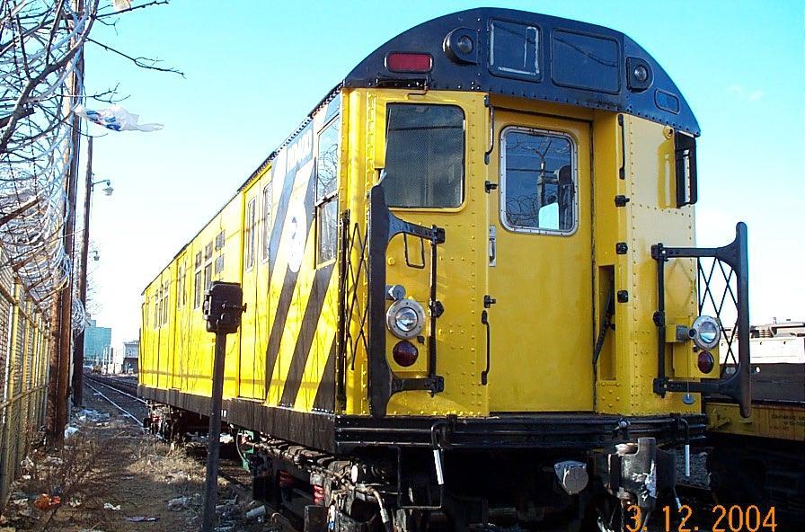 (132k, 896x592)<br><b>Country:</b> United States<br><b>City:</b> New York<br><b>System:</b> New York City Transit<br><b>Location:</b> Westchester Yard<br><b>Car:</b> R-161 Rider Car (ex-R-33)  RD400 (ex-8987)<br><b>Photo by:</b> Edward Velazquez<br><b>Date:</b> 3/12/2004<br><b>Viewed (this week/total):</b> 1 / 5172