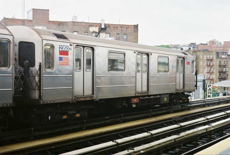 (65k, 800x540)<br><b>Country:</b> United States<br><b>City:</b> New York<br><b>System:</b> New York City Transit<br><b>Line:</b> IRT West Side Line<br><b>Location:</b> 207th Street <br><b>Route:</b> 1<br><b>Car:</b> R-62A (Bombardier, 1984-1987)  2350 <br><b>Photo by:</b> Gary Chatterton<br><b>Date:</b> 5/1/2005<br><b>Viewed (this week/total):</b> 0 / 3103