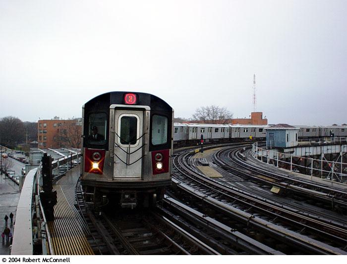 (80k, 700x534)<br><b>Country:</b> United States<br><b>City:</b> New York<br><b>System:</b> New York City Transit<br><b>Line:</b> IRT White Plains Road Line<br><b>Location:</b> West Farms Sq./East Tremont Ave./177th St. <br><b>Route:</b> 2<br><b>Car:</b> R-142 or R-142A (Number Unknown)  <br><b>Photo by:</b> Robert McConnell<br><b>Date:</b> 4/4/2004<br><b>Viewed (this week/total):</b> 0 / 5993