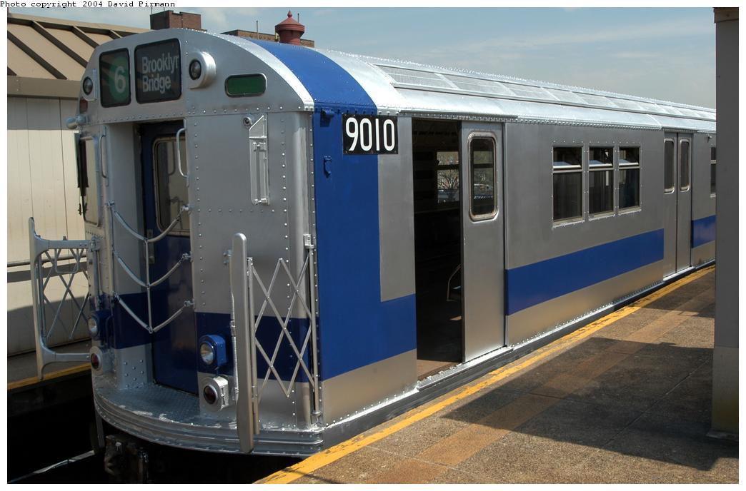 (149k, 1044x688)<br><b>Country:</b> United States<br><b>City:</b> New York<br><b>System:</b> New York City Transit<br><b>Line:</b> IRT Pelham Line<br><b>Location:</b> East 177th Street/Parkchester <br><b>Route:</b> Fan Trip<br><b>Car:</b> R-33 Main Line (St. Louis, 1962-63) 9010 <br><b>Photo by:</b> David Pirmann<br><b>Date:</b> 4/17/2004<br><b>Viewed (this week/total):</b> 0 / 4223