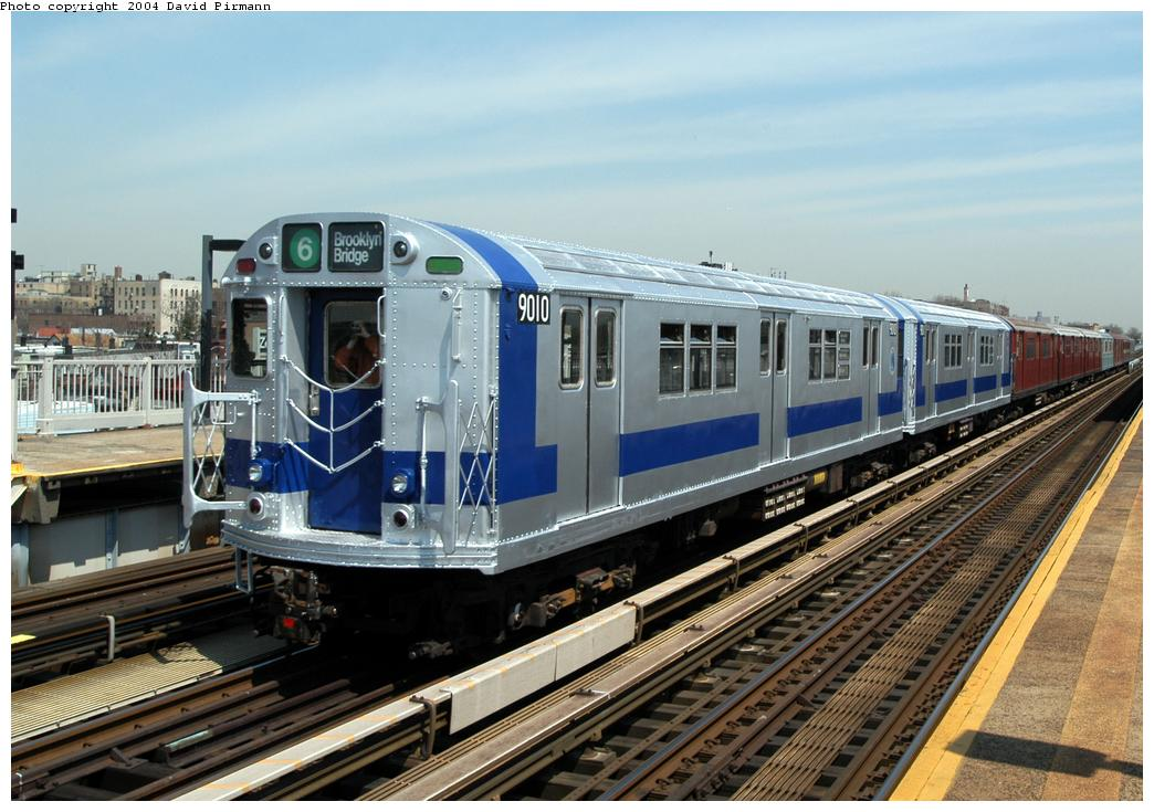(183k, 1044x735)<br><b>Country:</b> United States<br><b>City:</b> New York<br><b>System:</b> New York City Transit<br><b>Line:</b> IRT Pelham Line<br><b>Location:</b> Zerega Avenue <br><b>Route:</b> Fan Trip<br><b>Car:</b> R-33 Main Line (St. Louis, 1962-63) 9010 <br><b>Photo by:</b> David Pirmann<br><b>Date:</b> 4/17/2004<br><b>Viewed (this week/total):</b> 12 / 8319