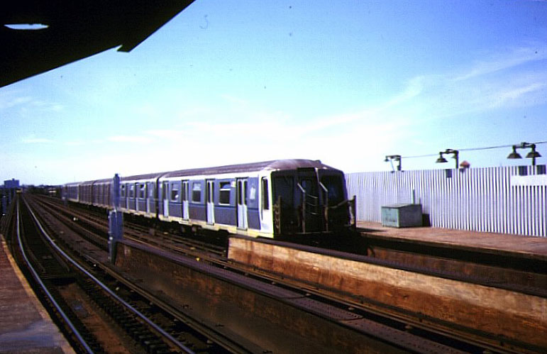 (90k, 850x584)<br><b>Country:</b> United States<br><b>City:</b> New York<br><b>System:</b> New York City Transit<br><b>Line:</b> IND Fulton Street Line<br><b>Location:</b> Rockaway Boulevard <br><b>Route:</b> A<br><b>Car:</b> R-40 (St. Louis, 1968)   <br><b>Photo by:</b> Bernard Chatreau<br><b>Date:</b> 9/1978<br><b>Viewed (this week/total):</b> 0 / 3730