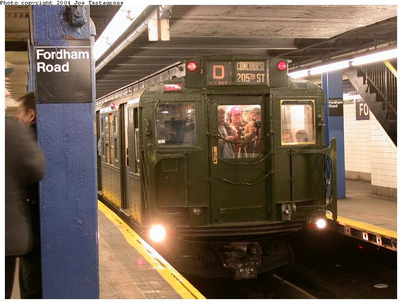 (116k, 820x620)<br><b>Country:</b> United States<br><b>City:</b> New York<br><b>System:</b> New York City Transit<br><b>Line:</b> IND Concourse Line<br><b>Location:</b> Fordham Road <br><b>Route:</b> Fan Trip<br><b>Car:</b> R-1 (American Car & Foundry, 1930-1931) 100 <br><b>Photo by:</b> Joe Testagrose<br><b>Date:</b> 2/28/2004<br><b>Viewed (this week/total):</b> 3 / 5152