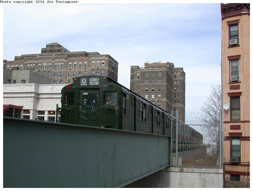(96k, 820x620)<br><b>Country:</b> United States<br><b>City:</b> New York<br><b>System:</b> New York City Transit<br><b>Line:</b> BMT Franklin<br><b>Location:</b> Park Place <br><b>Route:</b> Fan Trip<br><b>Car:</b> R-1 (American Car & Foundry, 1930-1931) 100 <br><b>Photo by:</b> Joe Testagrose<br><b>Date:</b> 2/29/2004<br><b>Viewed (this week/total):</b> 2 / 4866